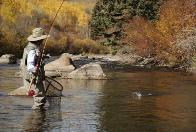 Man_Fly_Fishing
